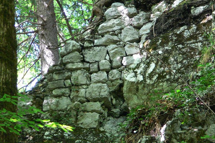 Gutrat-Rossstall: Mauerwerk der Ringmauer