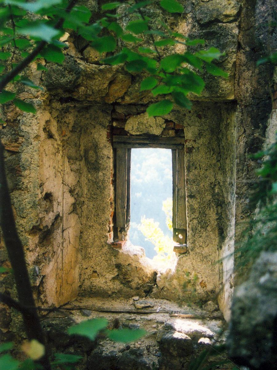 Thernberg: Rechteckfenster