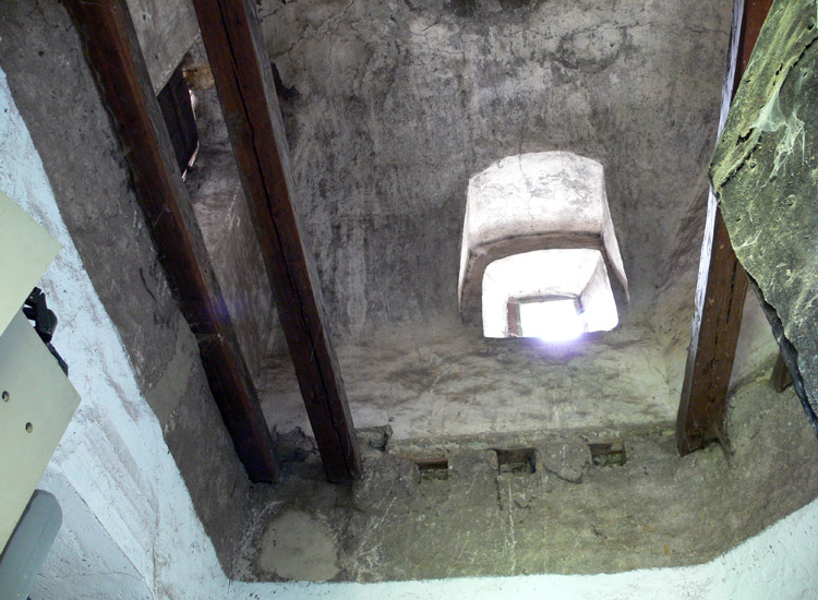 Tollinghof: Gewölbe im Bergfried