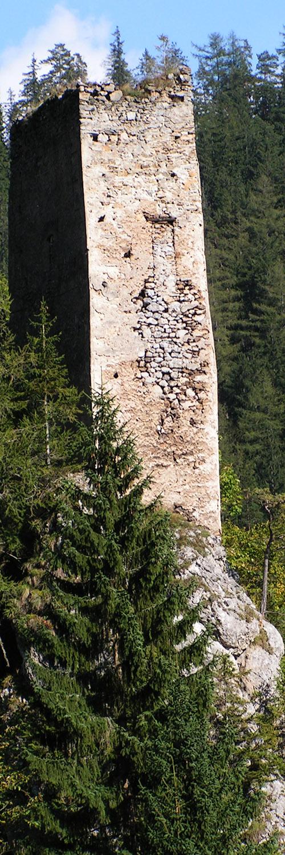 Kammerstein: Bergfried, Westseite.