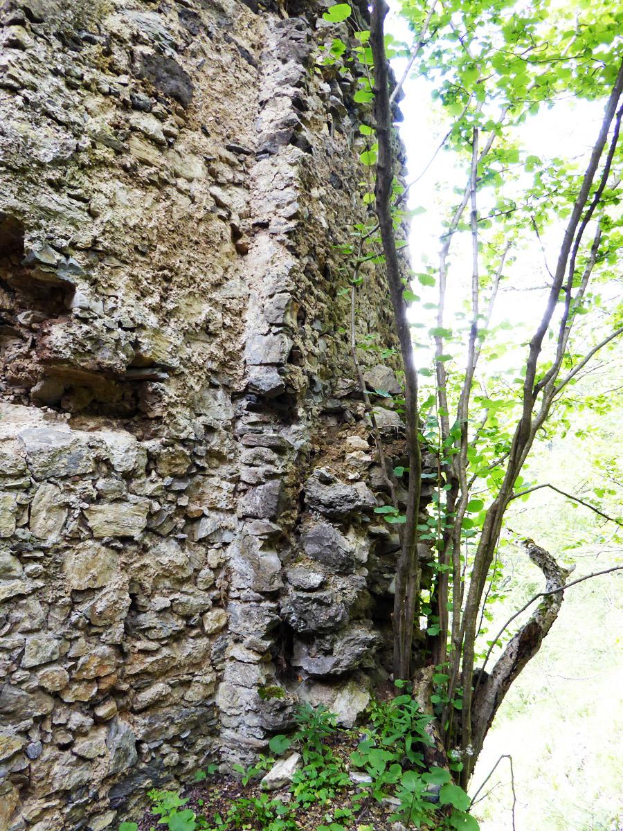 Kammerstein: Torbau an ältere Mauer angestellt.