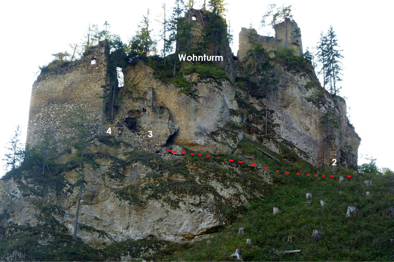 Kammerstein: Burgweg mit den Toren 2, 3 und 4.