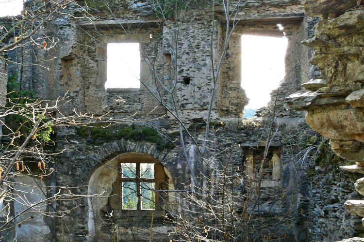 Niederkraig Palas: Westseite Erdgeschoss und 1. Obergeschoss.