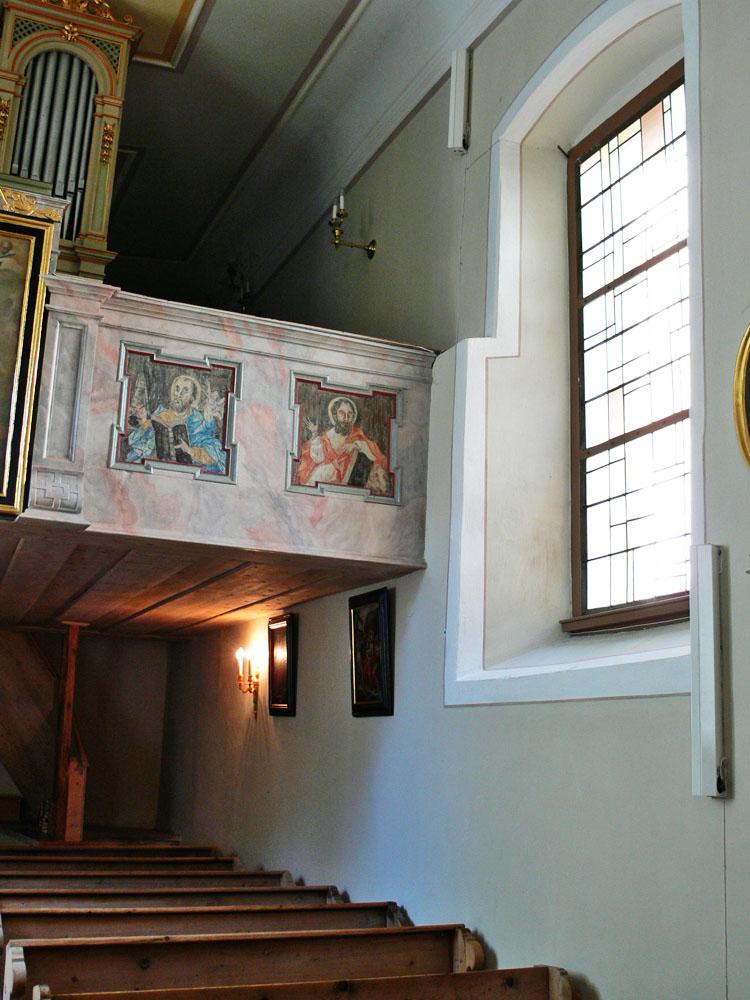 Gross-Sölk: Mauerrücksprung an der NW-Wand der Kirche