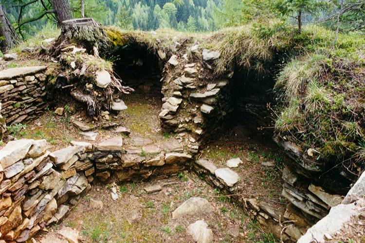 Salla-Klingenstein: Bastion westlichen Teil des Kammes. (Foto 1999)