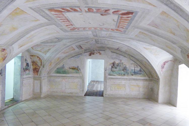 Neuhaus-Trautenfels: Raum mit Renaissance Malereien an de Nordost-Ecke