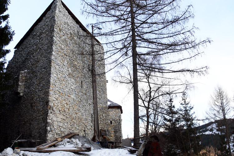 Salla-Klingenstein: Keilturm nach dem Wiederaufbau. Foto 2007