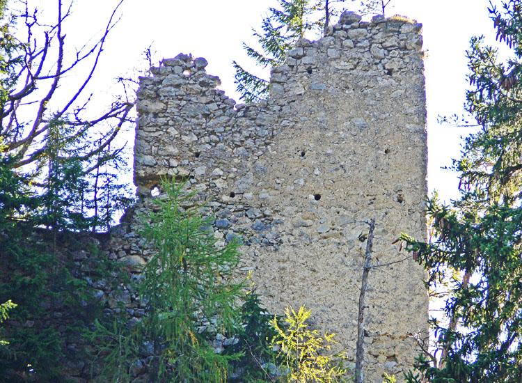 Ehrenfels: Wohntrakt von Norden gesehen