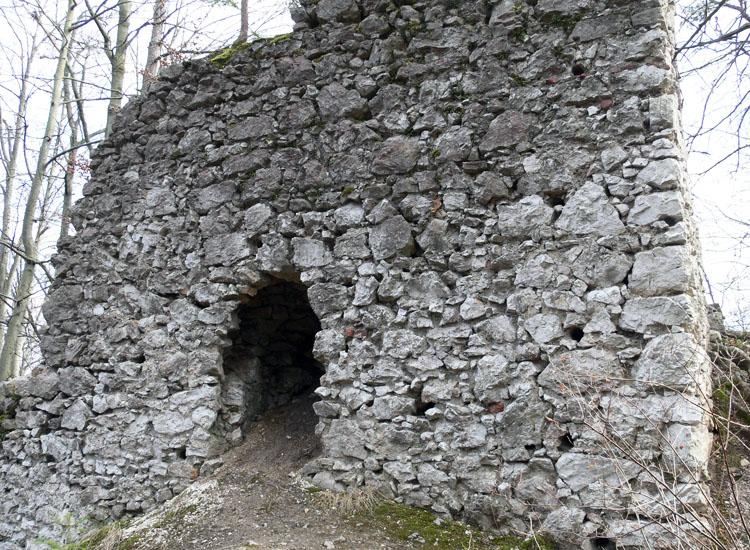 Federaun: Nordseite des Schalenturms