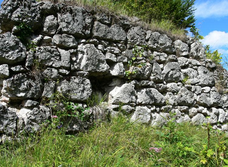 Hüttenstein: Mauerwerk der Südwand
