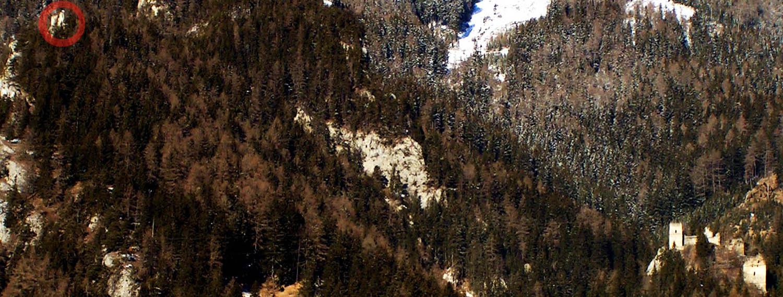 Das Burgenensemble Kammerstein (rechts unten) und Ehrenfels (links oben)