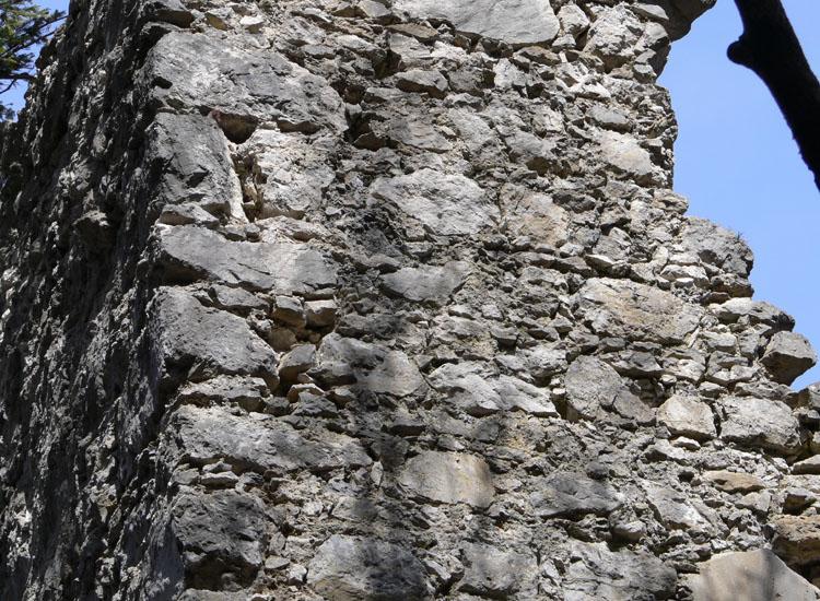 Mitterturm: Mauerwerk an der Turmecke