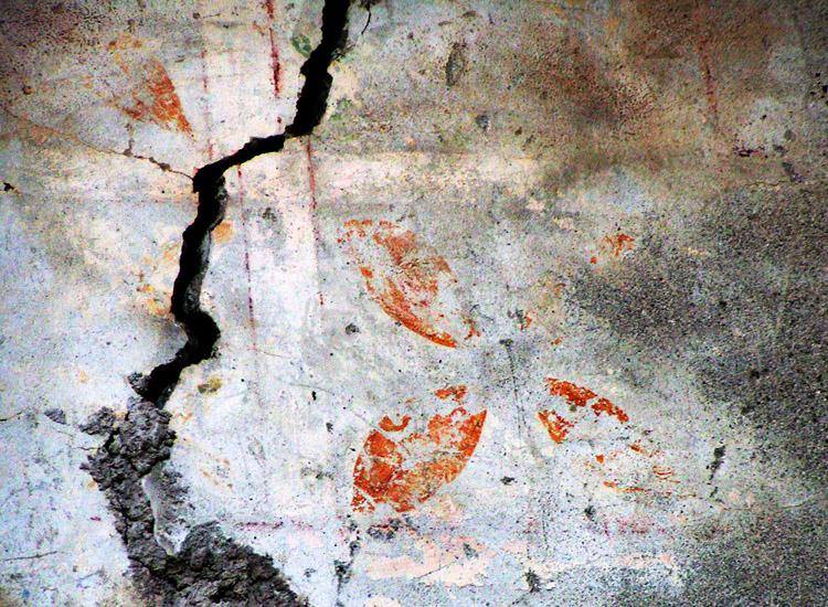 Rabenstein-Virgen, Pfaffenstöckl: Kachelmotiv über der Blocktreppe
