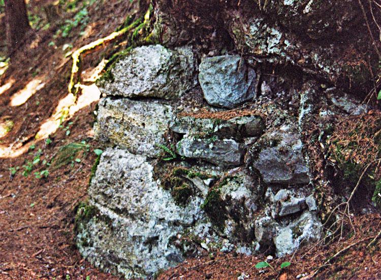 Statteneck: Mauerecke an der Ostseite