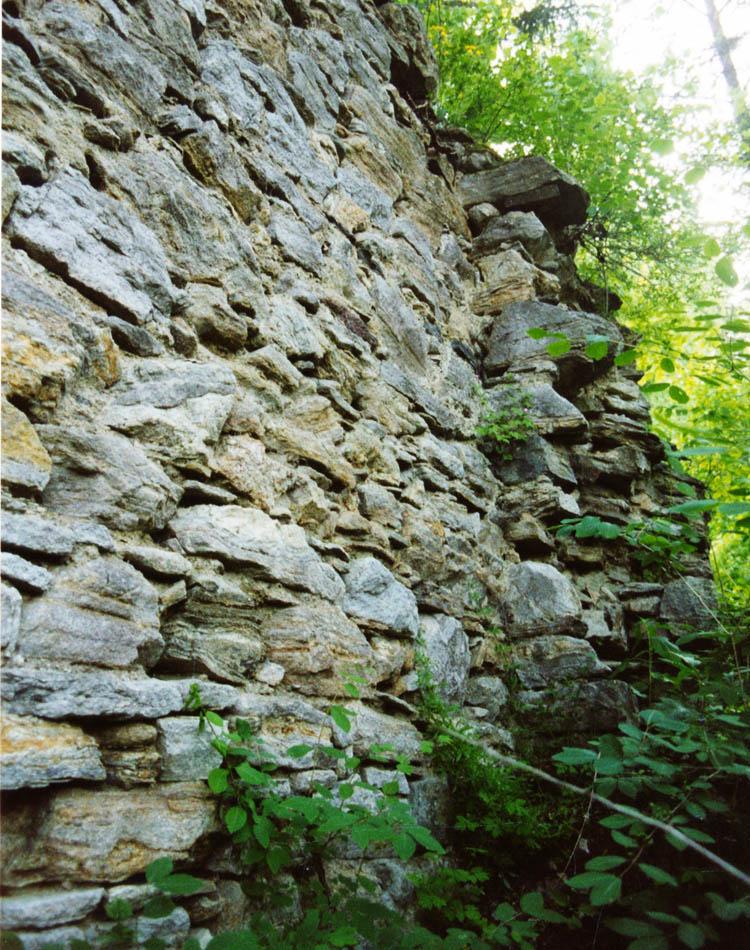 Thurnberg: der ostsseitige Rechteckturm