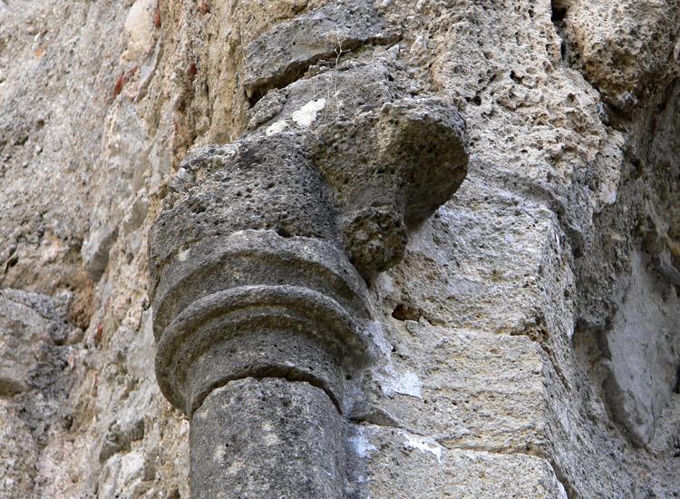 Finkenstein: Gewölbekonsole im Torturm